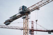 Setting Up a Crane Safely
